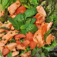 Hot&amp;SpicySalmonsalad