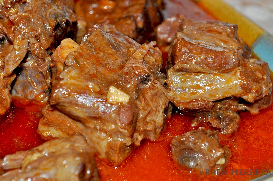 Rabocooked2 A Typical New Years Feast: Oxtail in Red Wine & Tomato Sauce (Rabo Encendido)