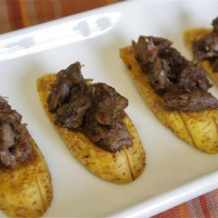 SteakAndPlantainCrostini