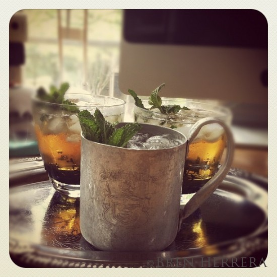 3185dc6a95f711e1a39b1231381b7ba1 7 550x550 Mint Julep Is the Only Drink for the Kentucky Derby. Plus, a Fabulous Hat!
